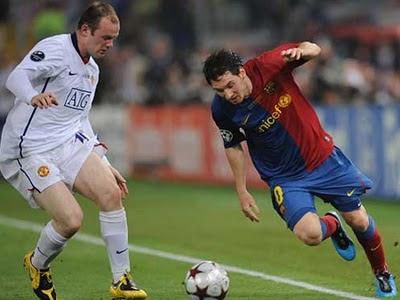 Wayne Rooney (Manchester United) vs Lionel Messi (Barcelona)