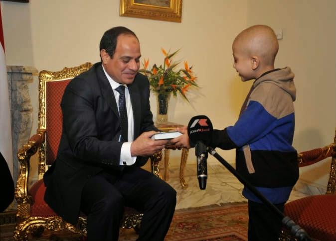 بالفيديو.. والد الطفل المصاب بسرطان الدم يكشف كواليس لقاء السيسي