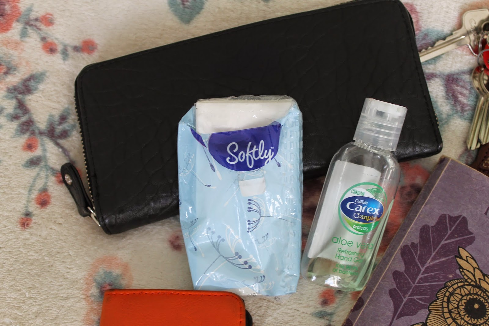 What's In My Bag Essentials