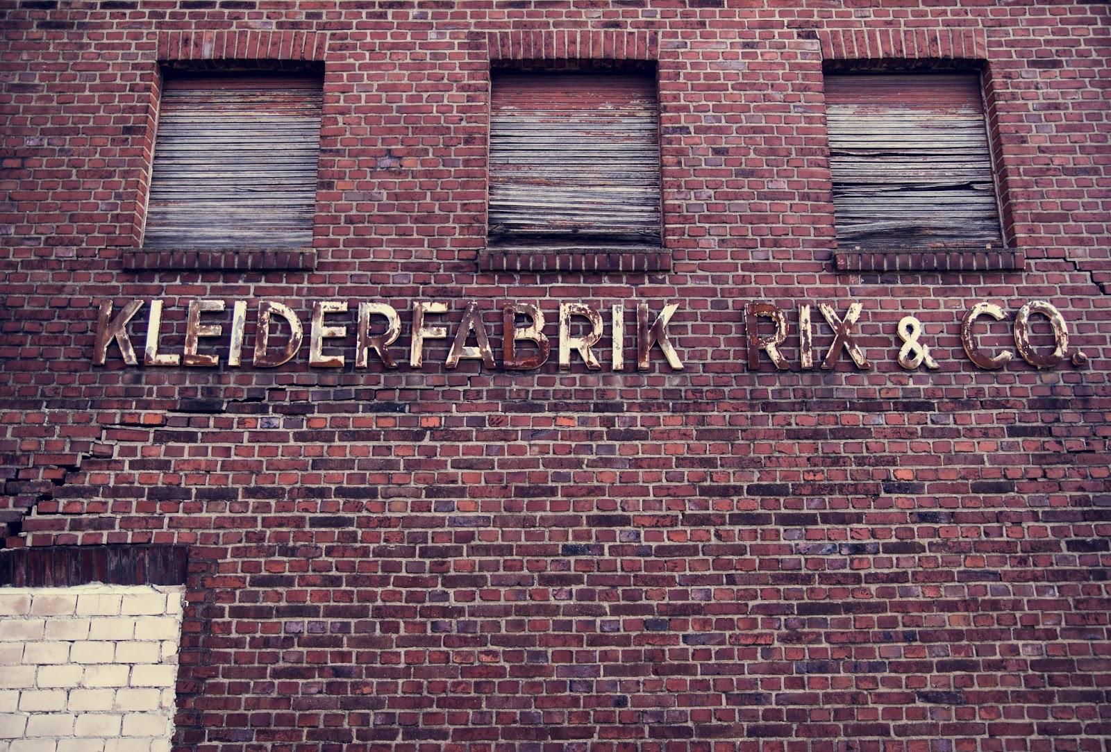 Alte Kleiderfabrik Rix und Co in Immerath Garzweiler Reportagefotografie Andreas Blauth