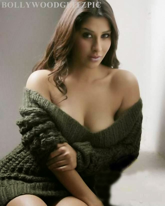 sophie choudry latest beautiful pics