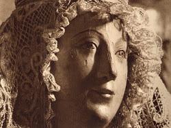 """La Virgen de los Reyes y su """"Joyero""""."""