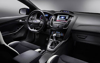 2016 Ford Focus Hatchback Interior