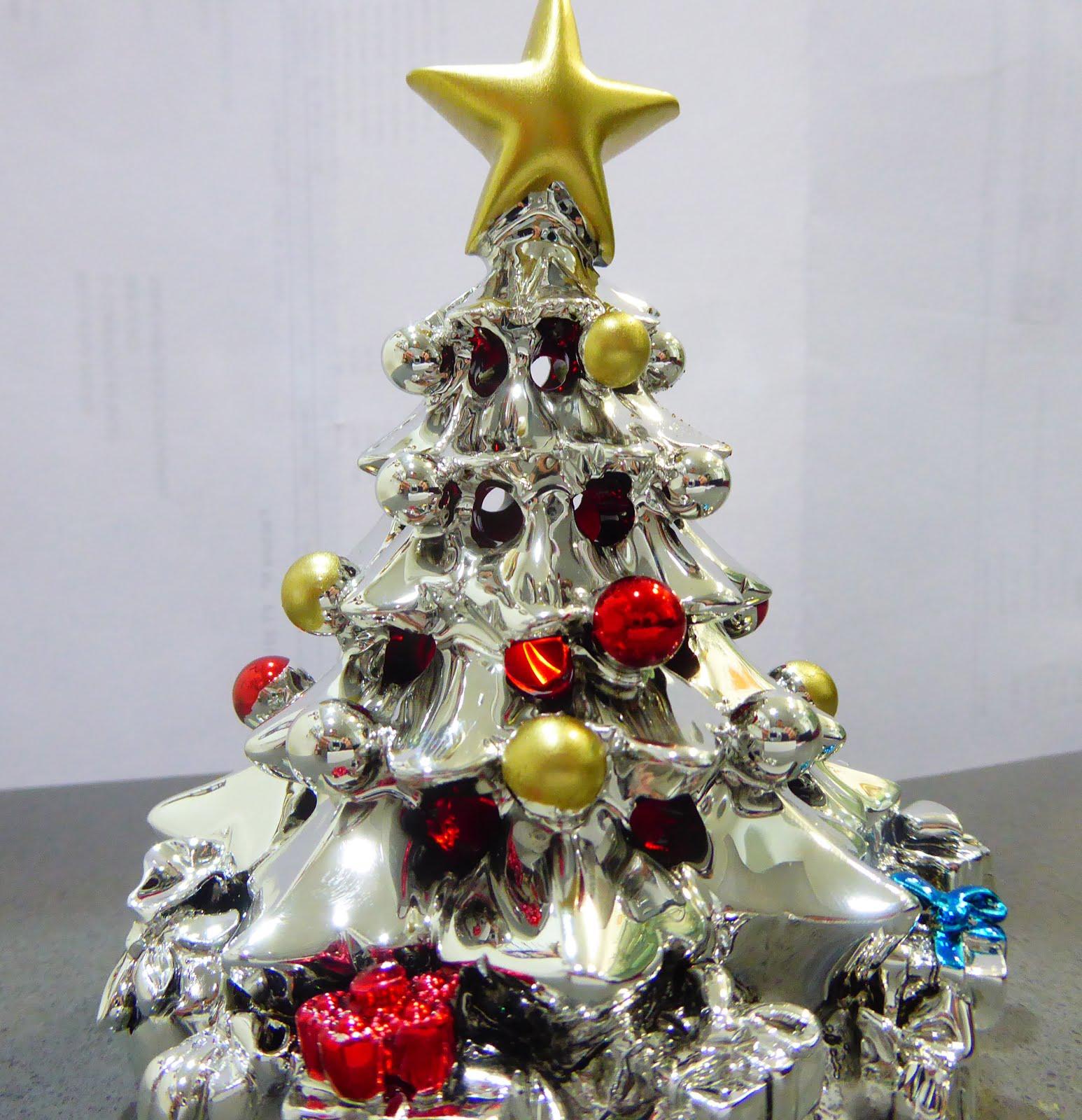 Árbol de Navidad en Plata, 12 cm, con luces de varios colores led