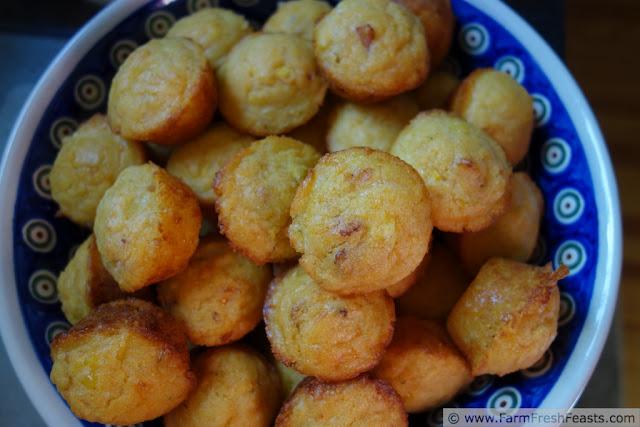 http://www.farmfreshfeasts.com/2012/09/corn-cheddar-bacon-muffins.html
