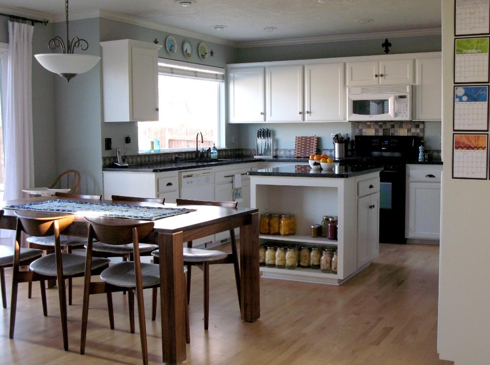 Modest Maven: White Kitchen Cabinets