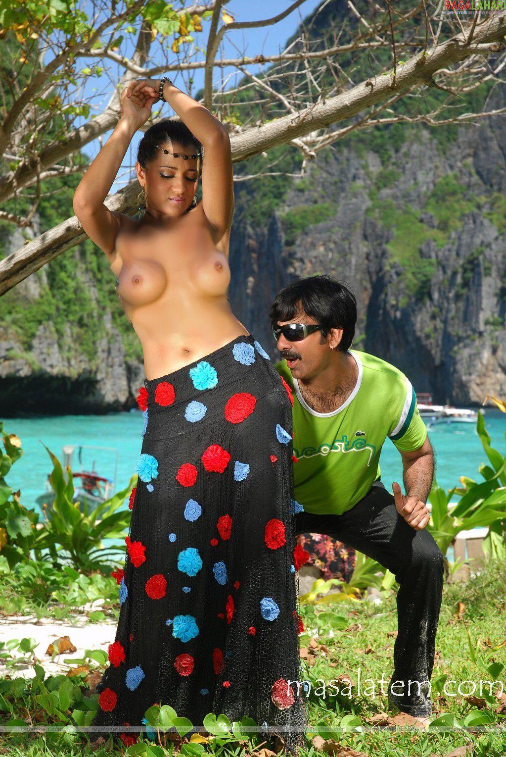 http://3.bp.blogspot.com/-o86tNpFIccM/TpAOH1G9vtI/AAAAAAAABlM/l3KucYjx0Ms/s1600/Trisha+boobs.jpg