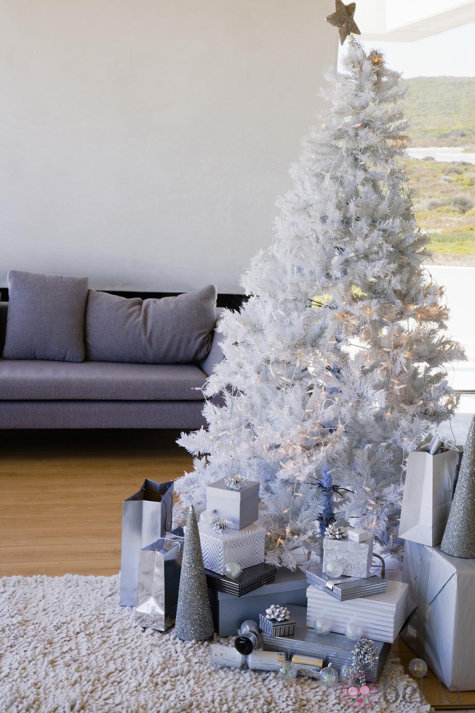 El cuaderno del decorador rboles de navidad colores ii - Decorar arbol de navidad blanco ...