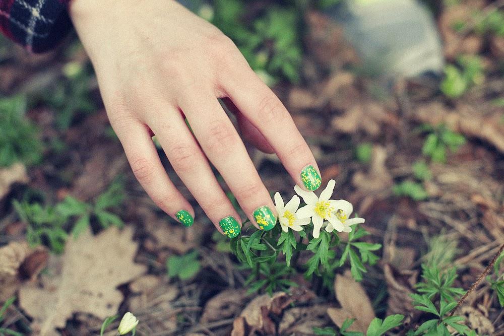 Jak przedłużyć trwałość lakieru na paznokciach