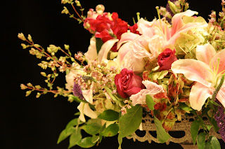 Splendid Stems Event Florals - Flower Centerpiece on Cake Plate - Hilton Hotel Albany Crowne Plaza
