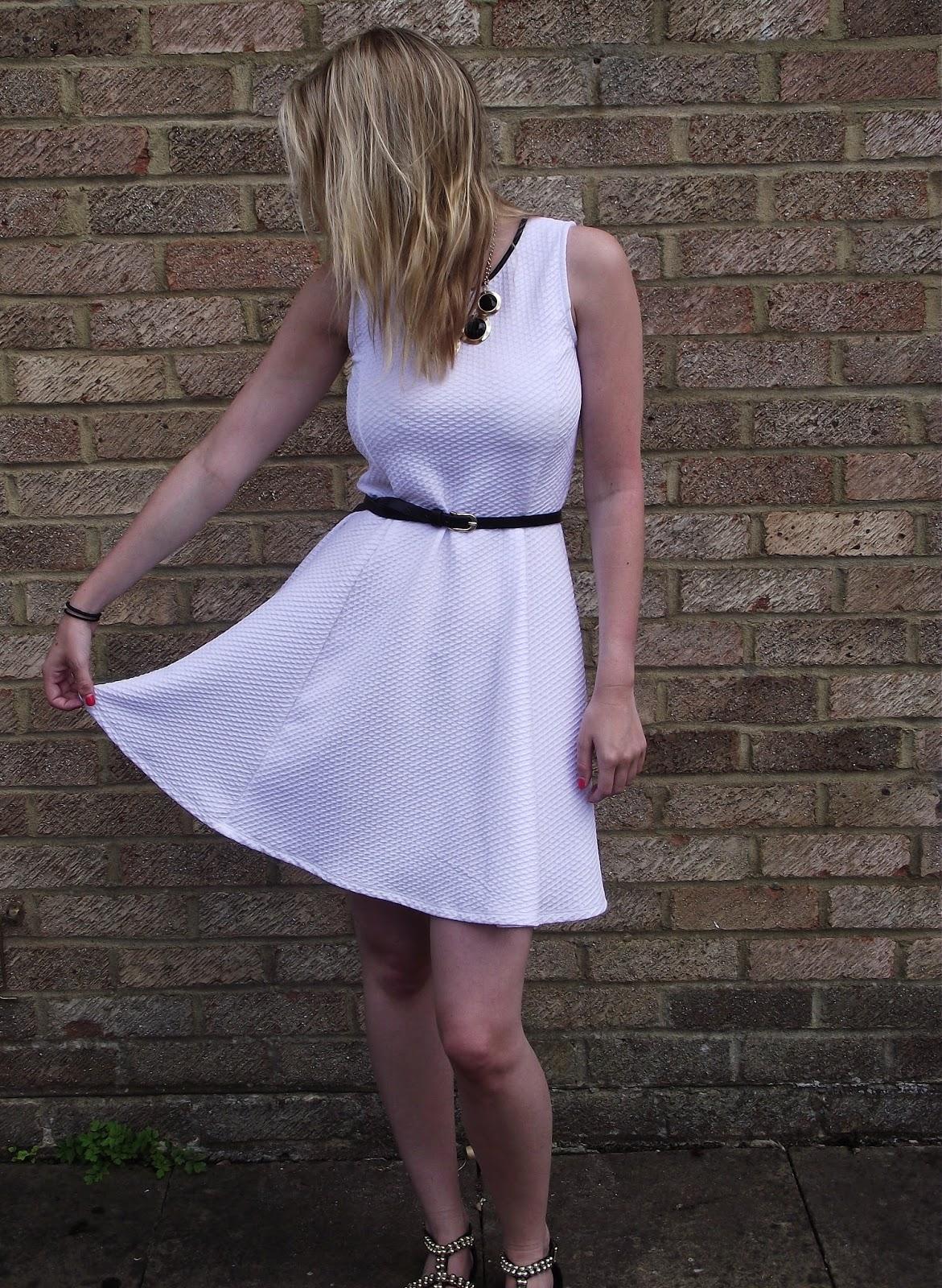 Outfit Post on Lrsmith-Fashion fashion blog.