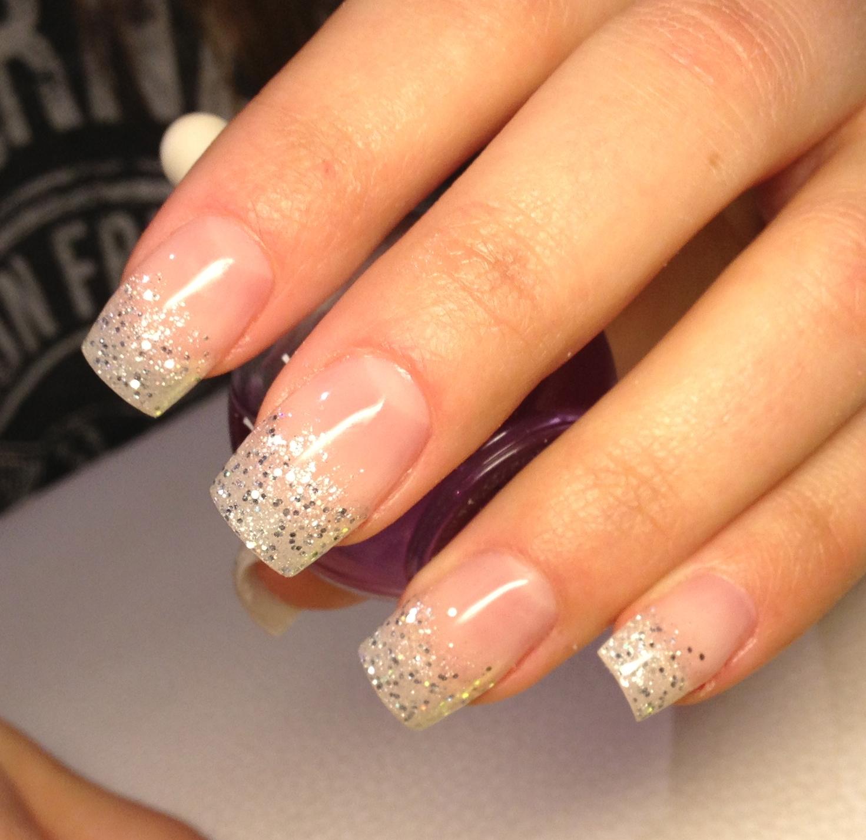 glitterpulver naglar