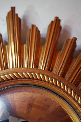Chicbaazar objets vintage 50 60 70 magnifique miroir for Miroir soleil bois