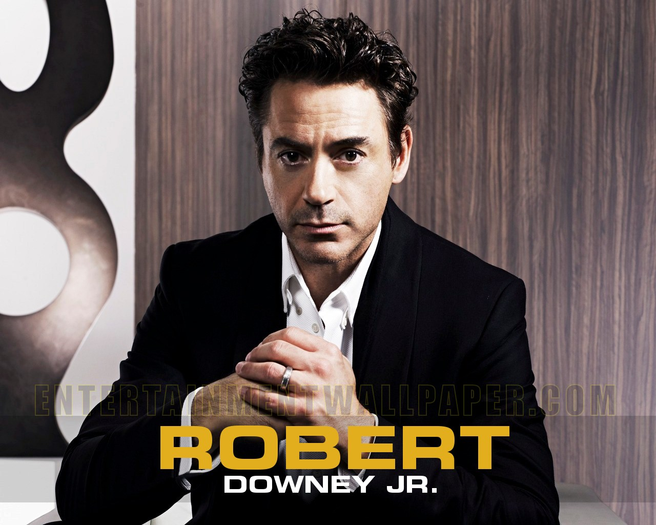 http://3.bp.blogspot.com/-o8xRO8R9Lpc/T3q4bK9GB_I/AAAAAAAABxE/0yqXOYwegkg/s1600/Robert-Downey-Jr-05.jpg