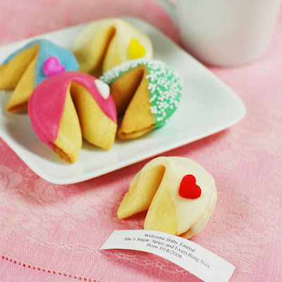 custom-fortune-cookies_unique-wedding-favors
