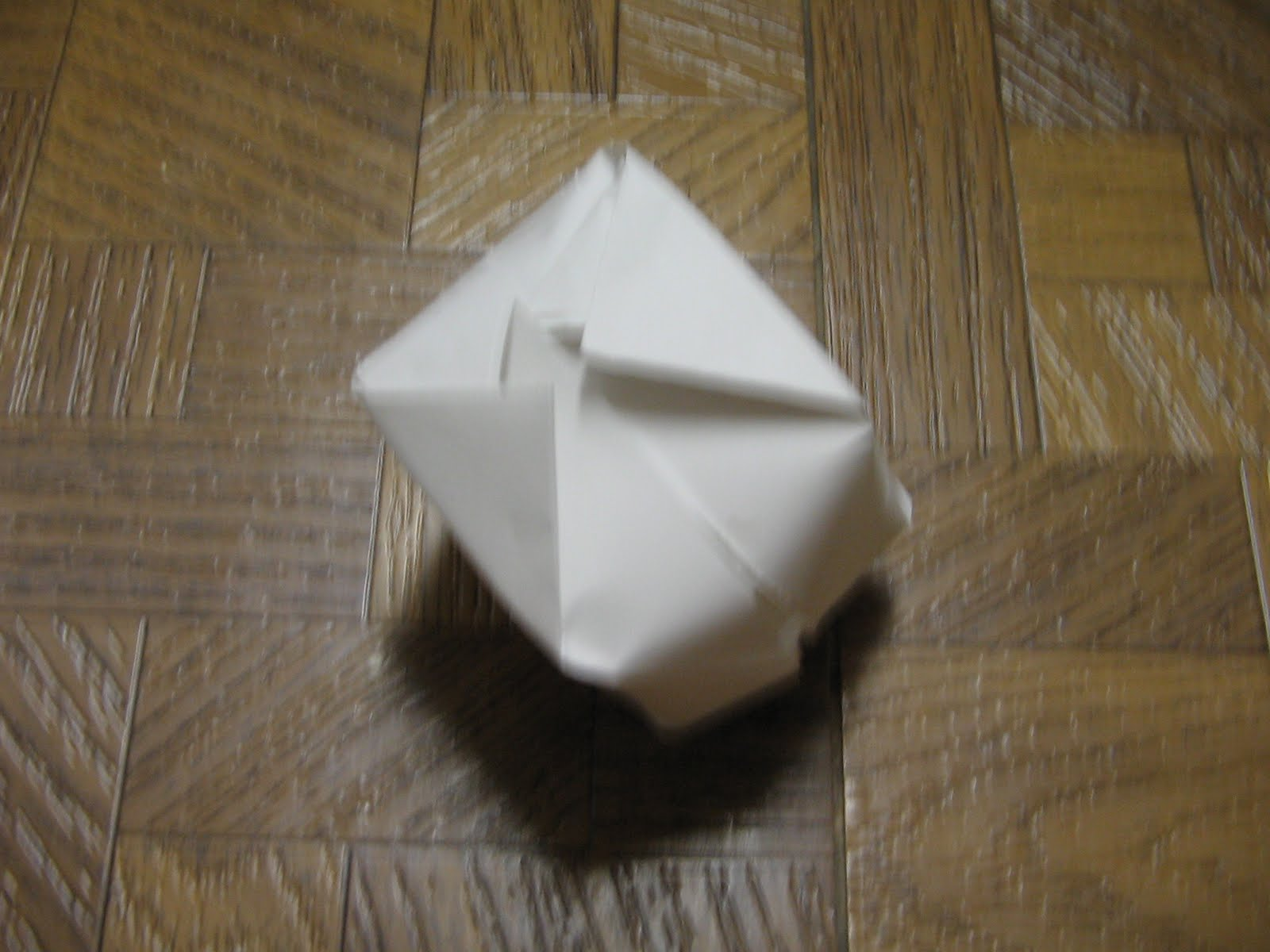 Want To Know How Make One Of These Yourself Click Through Here For Step By Origami Ball Instructions With Photos Each