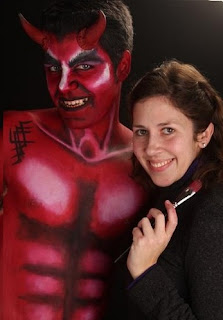 demonio teatral maquillaje devil make up bodypainting hombre body paint