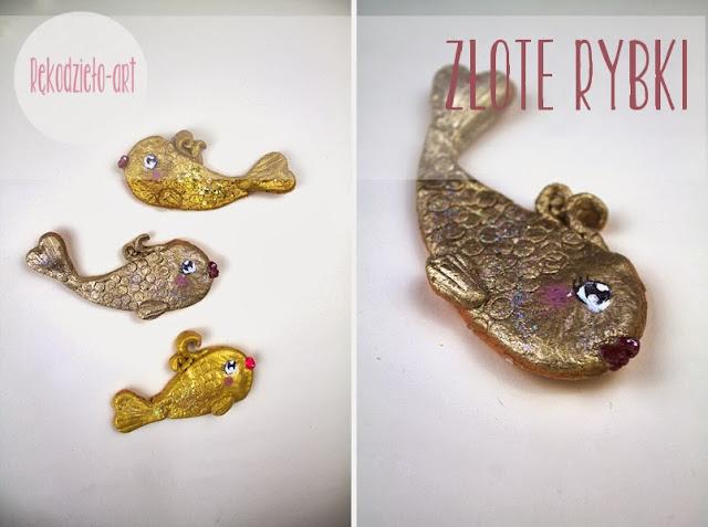 Złote rybki z masy solnej i tarta..