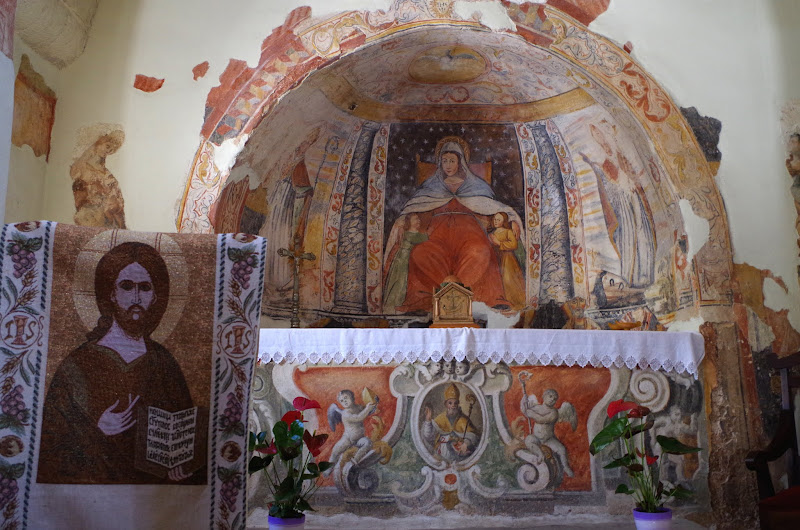 Altar der byzantinischen Kirche Santa Marina in Muro Leccese (Apulien)