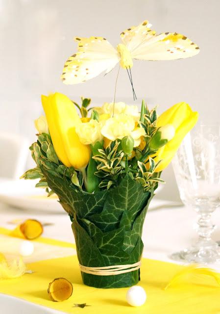 Bon à savoir : avant de piquer une tulipe dans de la mousse florale ...