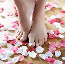 Eu te recebo de pés descalços: esta é minha humildade e esta nudez de pés é a minha ousadia.