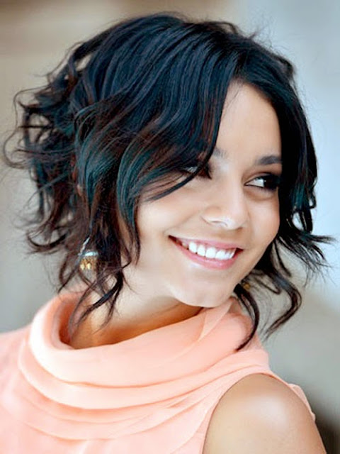 Curly Short Hairstyles For Bouncy Look