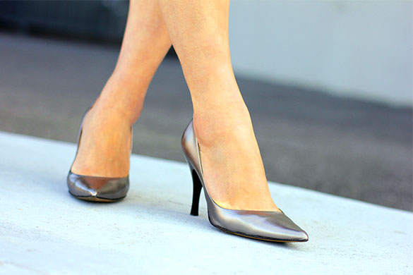 Nine West Metallic Pumps