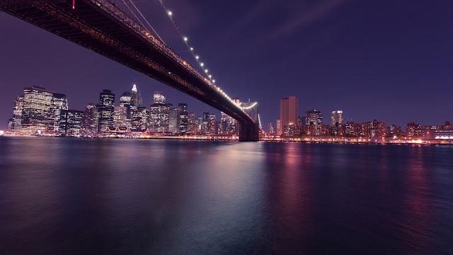 Puente de Brooklyn Manhattan en la noche
