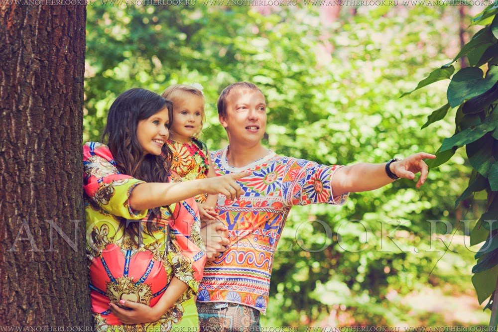 красивая фотосессия семьи в парке