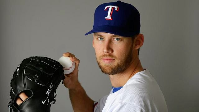 Daniel Bard's Throwing Again In Rangers Minors