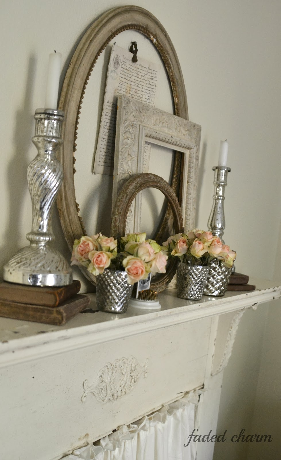 ~Decorating With Vintage Frames~