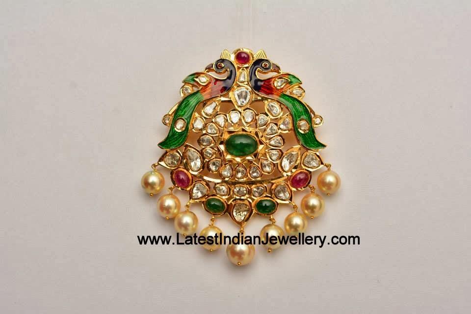 Lovely Pachi Diamond Pendant