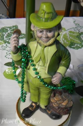 Leprechauns in the tablescape