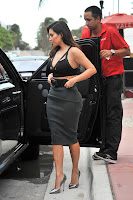Kim Kardashian getting out of the car