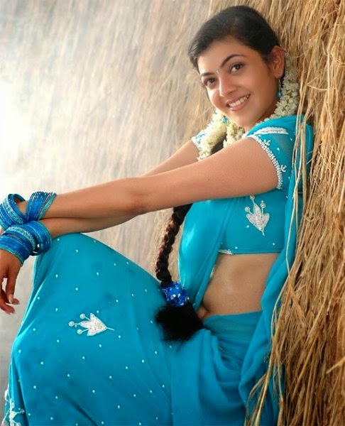 kajal Agarwal in blue tight saree hot pics in tight dresses