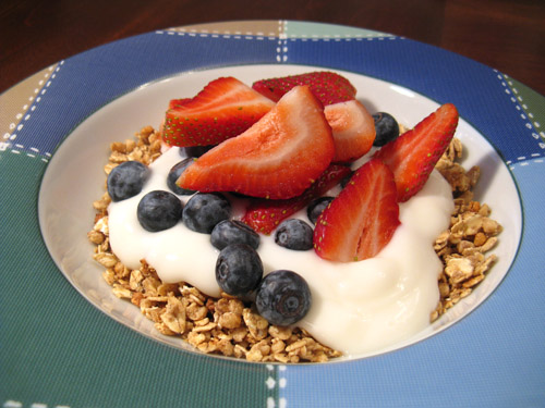 fruit with granola and yogurt 