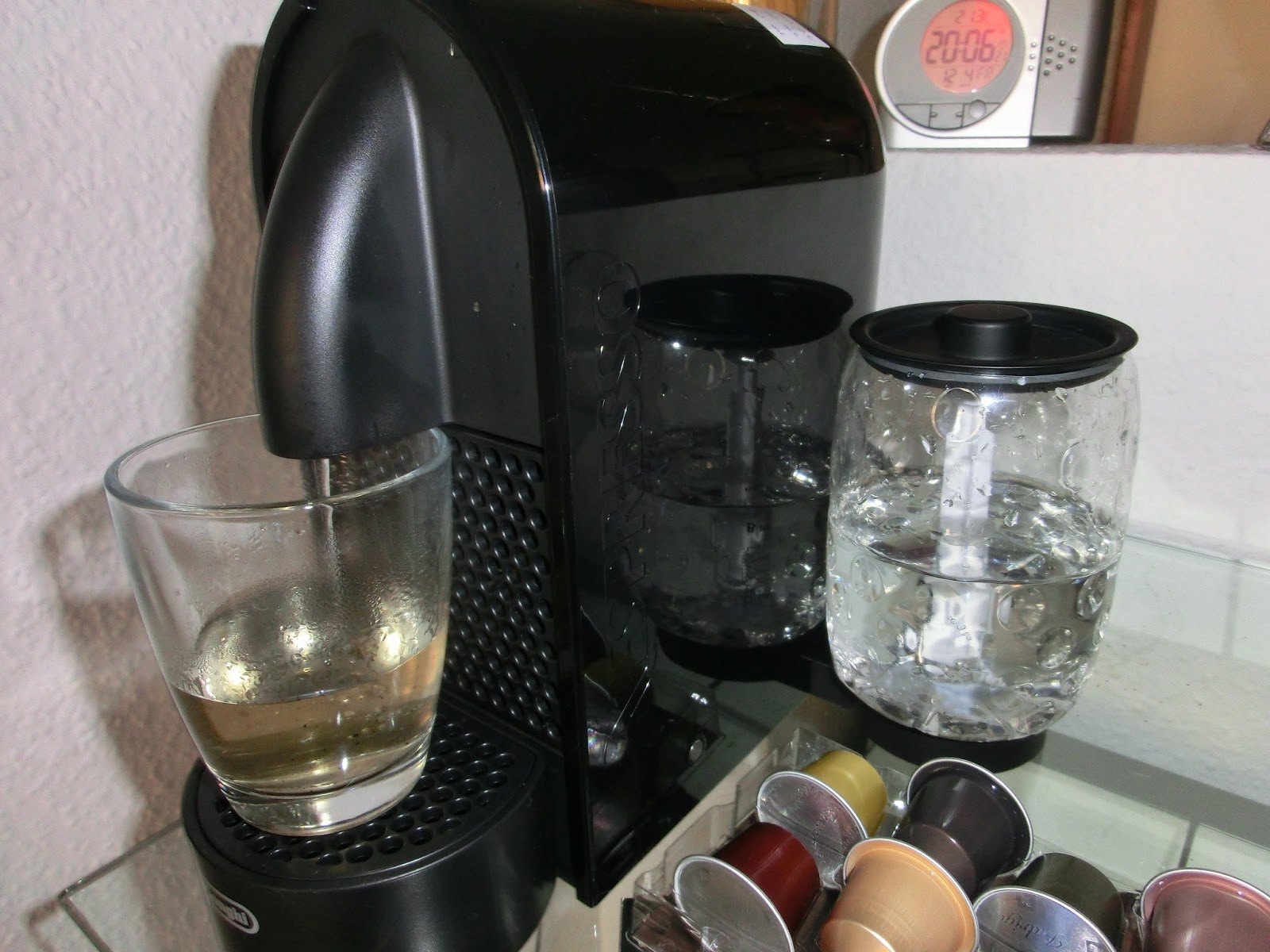 Delonghi Magnifica Coffee Maker Leaking Water : Werkbank0850: Delonghi Nespresso U: Water tank DIY repair