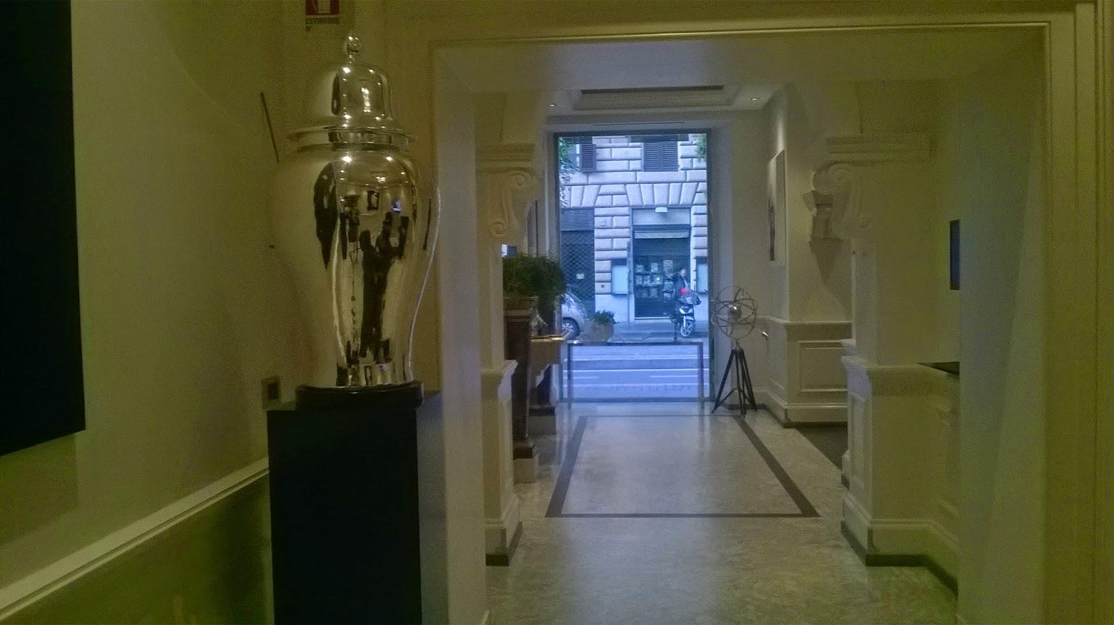 Ele di decor isa design hotel roma for Hotel isa design