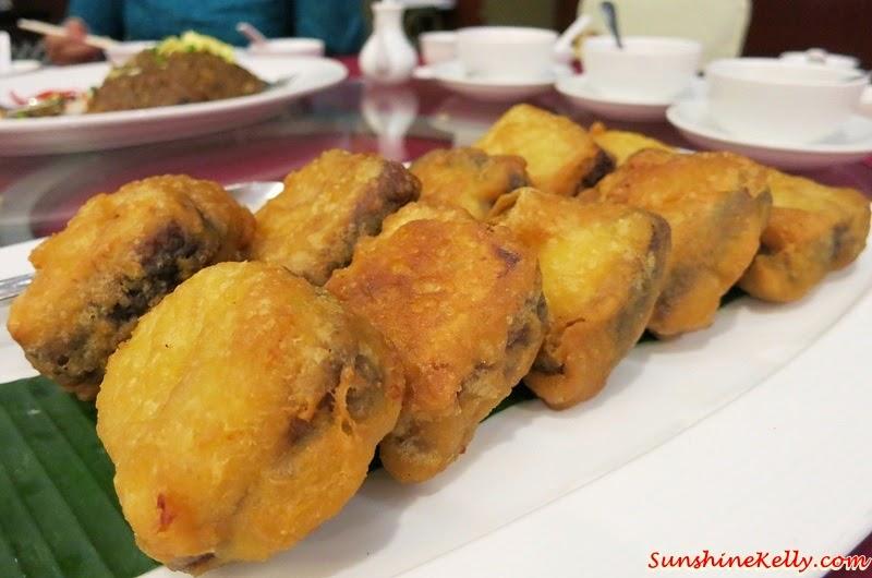 CNY 2015 Menu Review, Checkers Café, Dorsett Kuala Lumpur, Yee Sang, Salmon Pear Yee Sang, Chinese New Year Nian Gao, Yam, Sweet Potato