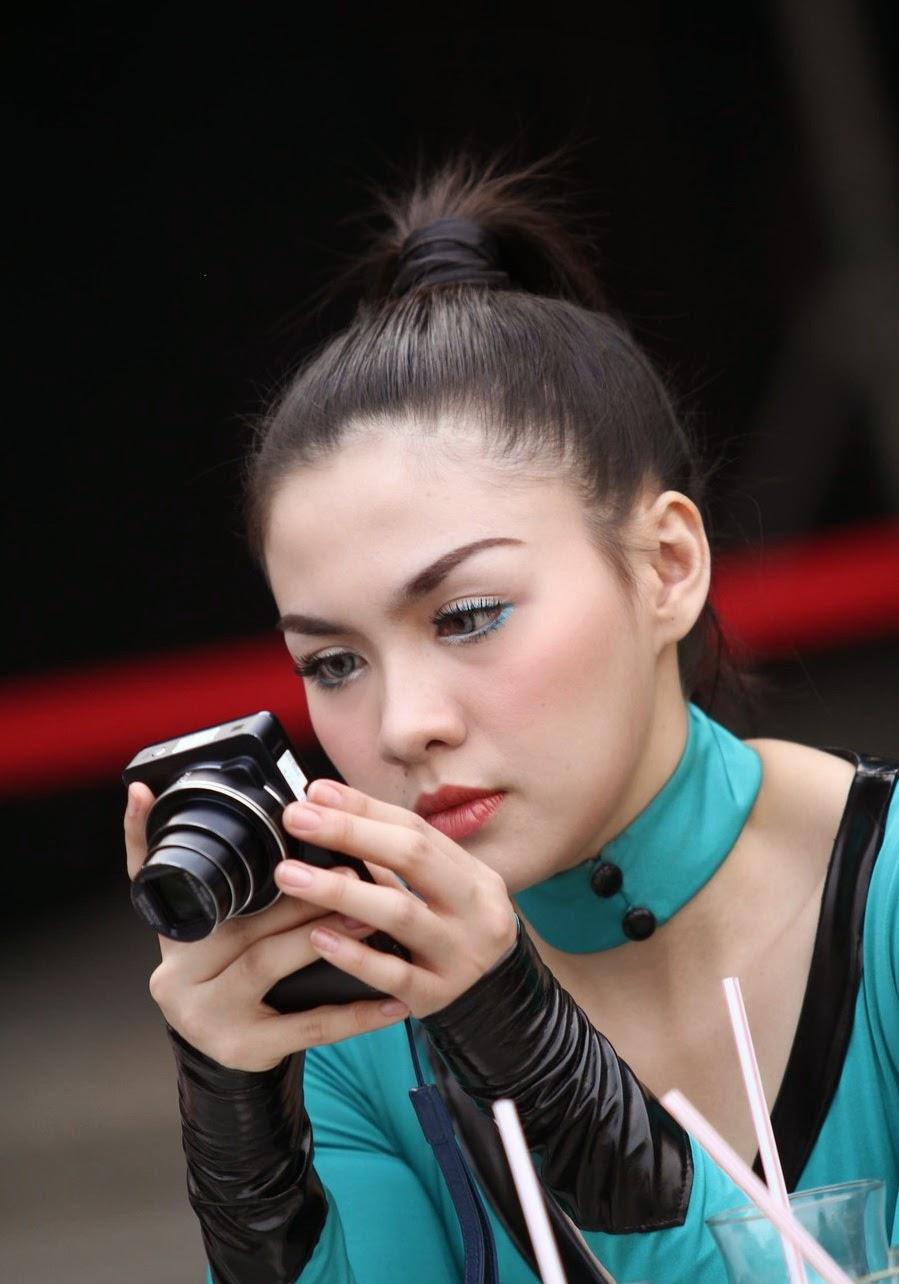 Foto   Seksi Vicky Shu Iklan Axe