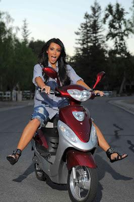 Kim_Kardashian_02