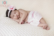 Newborn baby photographer, Reading, BerkshireBaby A, 2 weeks old