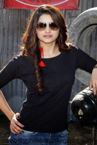 Most+Beautiful+Hot+Photos+of+Prachi+Desai026