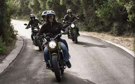 Koleksi gambar motor Ducati