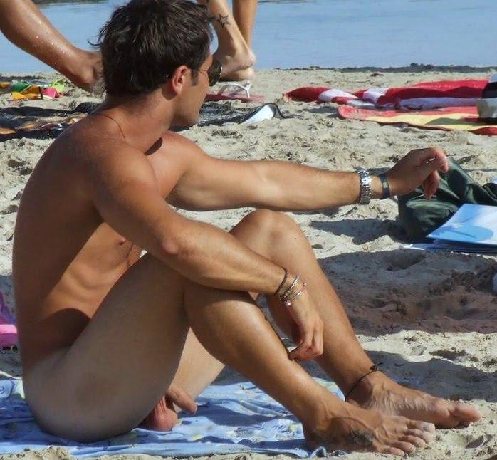 http://3.bp.blogspot.com/-oCz_C4PWiT0/UGGR1OCfKeI/AAAAAAABx5c/f18m-SY9IGE/s1600/Beach1.jpg