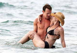 Christina Applegate Boyfriend
