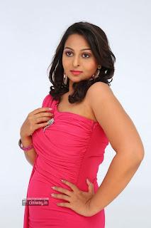 Actress-Samvrutha-Sunil-Photos