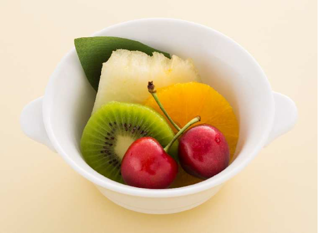 JAL will add a fresh fruit set to the Domestic First Class breakfast menu.
