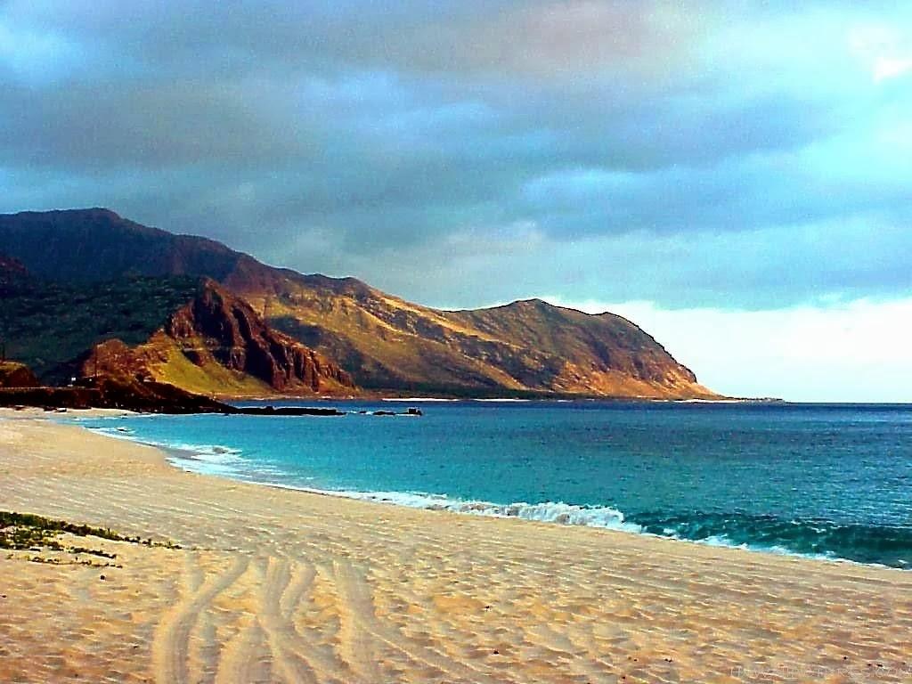 kauai hawaii helicopter tours with Niihau Hawaii Travel Guide on Helicopter Sea  bat Squadron 4 besides Kauai Tubing Adventure furthermore Na Pali Coast State Park further Tunnels Beach moreover Big Island Day Trips.