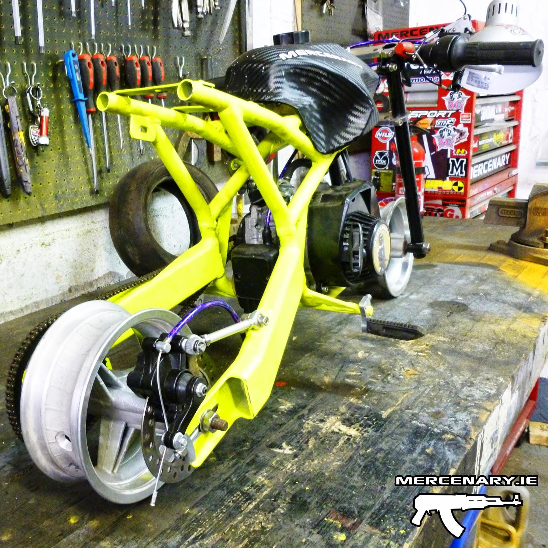 Mercenary garage mini moto for Garage custom moto